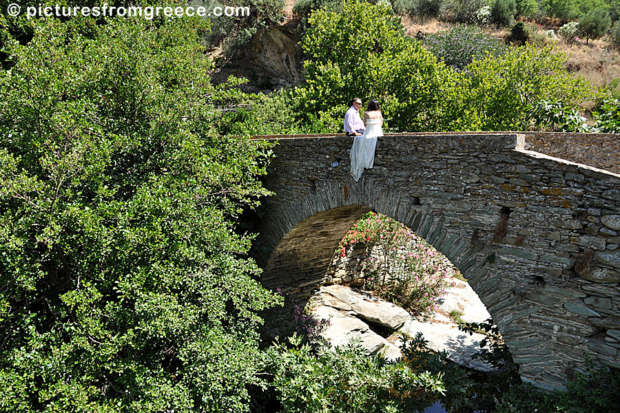 Leontos bridge in Stenies on Andros
